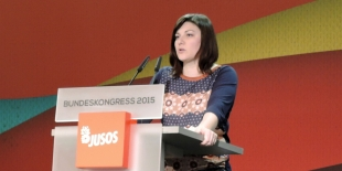Johanna Uekermann auf dem Juso-Bundeskongress 2015 in Bremen